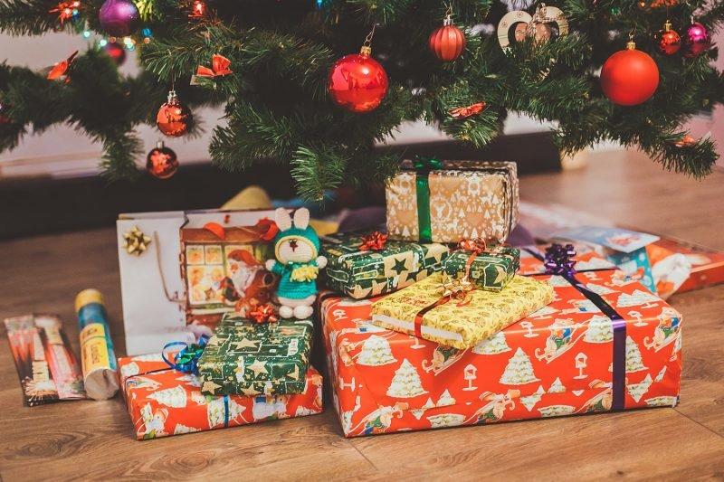 Molinete Navidad Regalos