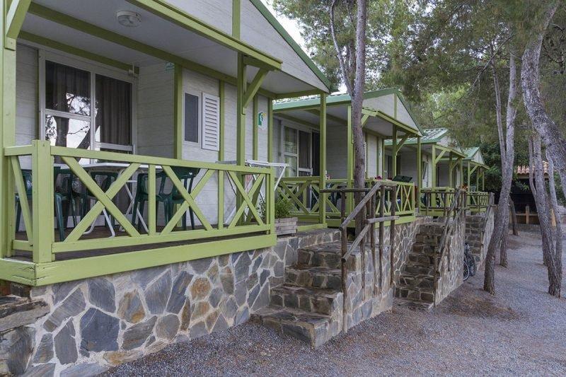 Camping Bungalows Altomira 1