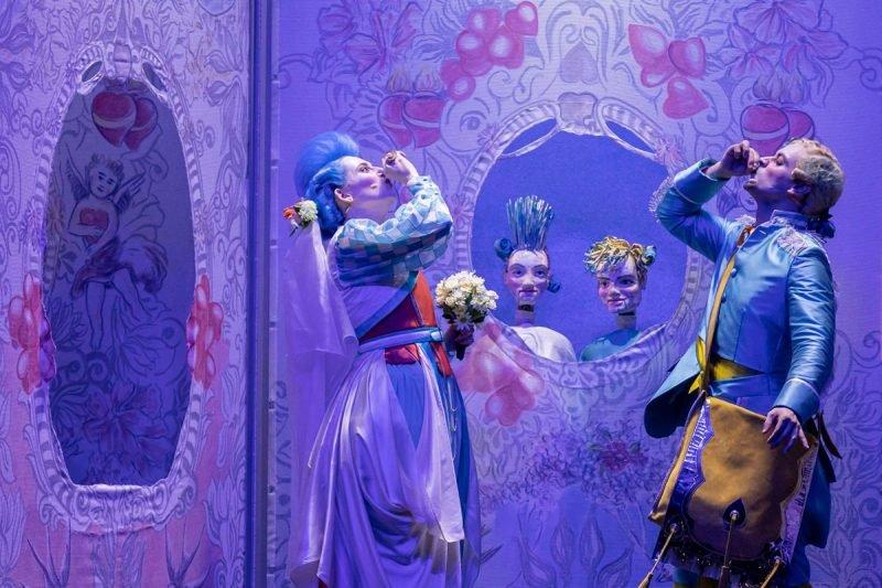Opera Arts Volant Tutor Burlat 3