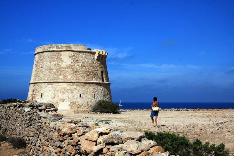 Punta Sa Gavina Torre Formentera